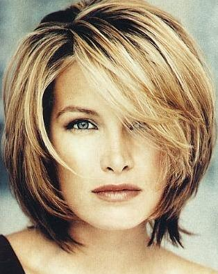 short-layered-hair-cuts-layered-hairstyles-zimbio-1